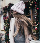 fustany-beauty-hair-cute_hairstyles_for_the_holidays-beanie_zpsjcftinrd.jpg