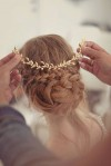fustany-beauty-hair-cute_hairstyles_for_the_holidays-head_piece_zpskwapkiqm.jpg