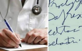 السبب الغريب يكتب الأطباء بخط غير مفهوم