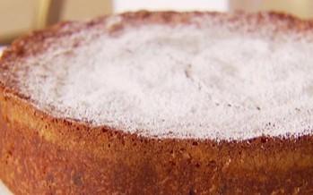 كعكة التوت البري: عنوان الابتكار مع الفانيليا والزبدة