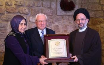 المبرّات تكرّم رجل الأعمال صائب نحّاس تقديراً لجهوده وعطاءاته التنموية
