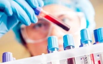 تحليل دم يكشف ثمانية أنواع من السرطانات