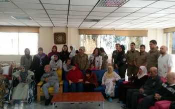 الكشاف العربي يحتفل بعيد الأم مع المسنين