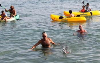 شاطئ صور ما زال نظيفاً وصالحاً للسباحة (علي علوش)