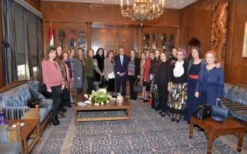 وفد من الجمعيات النسائية زار الرئيس بري وعقيلته