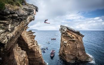 صخرة الروشة تحتضن المرحلة الخامسة من بطولة القفز عن المرتفعات