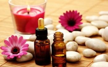 الزيوت العطرية تحتل مكانة مهمة بالصيدلية المنزلية في علاج المشاكل الصحية السريعة