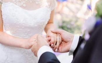 إلقاء القبض على عروسين ليلة زواجهما لهذا السبب الغريب