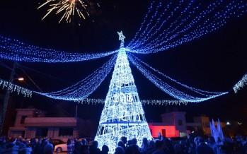 بلدة عبرا إحتفلت بإضاءة شجرة الميلاد
