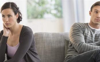 10 عادات تُبعد زوجك عني.. احذريها!