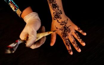من طقوس العرس الحناء في غزة - فلسطين