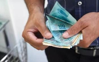 6 أسطح تحمل مخاطر عالية قد تنقل فيروس كورونا منها النقود الورقية