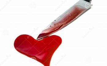 عاشر حبيبته ثم غرز السكين في رقبتها