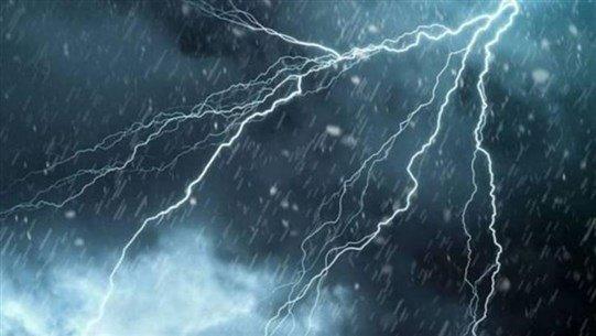أمطار وضباب يوم الجمعة العظيمة.. واستعدوا للبرد والبرق والرعد!