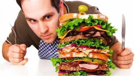 الكشف عن سبب تناول البعض ما يحلو لهم من دون زيادة وزنهم