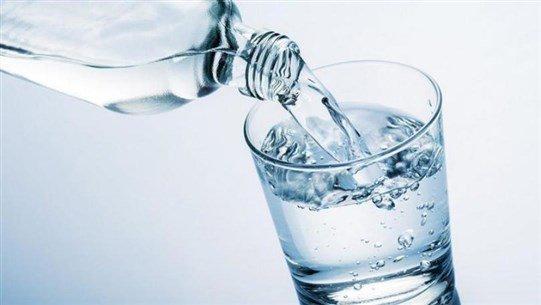 5 فوائد لتناول كوب الماء الساخن على الريق