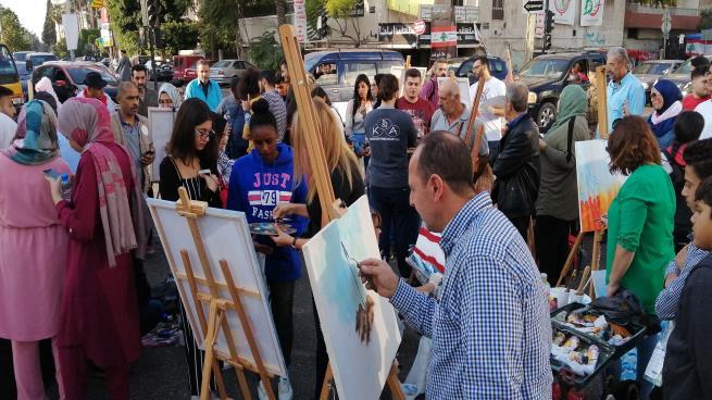 رسّامون في لبنان: نستردّ ألواناً سرقها السياسيون
