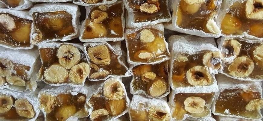 راحة الحلقوم حلوى المولد بلا منازع في صيدا وغلاء الاسعار لم يفقدها وهجها