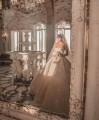 جيسيكا عازار بإطلالة ملكية في قصر جنبلاط بمدينة صيدا