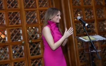 النجمة اللبنانية الأولى التي غنّت لرئيس أميركي