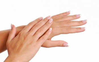 أسباب جفاف الأظافر وعلاجها في فصل الشتاء
