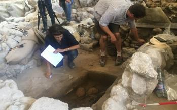 اكتشاف مدفن أثري في صيدا من القرن 19 قبل الميلاد
