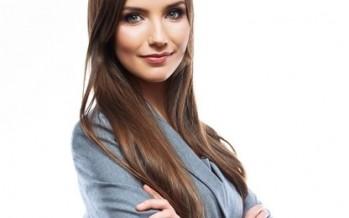 للمرأة العاملة أزياء على طريقة أيقونات الأناقة في المكتب