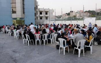 مائدة إفطار جمعت عاملات وعمال مدارس صيدا في جمعية المواساة