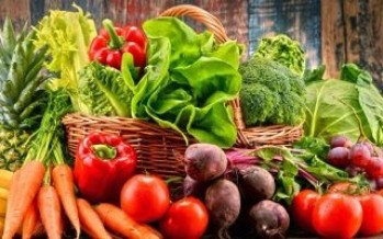 تعرف على أفضل الأطعمة النباتية لبناء جسمك ودعم صحتك