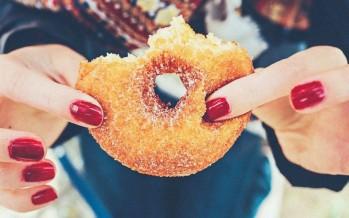 السكر والصحة النفسية: تركيبة سامة؟
