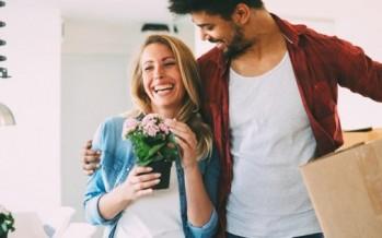 تعرفي على الطرق التي تجعل زوجك يشعر بالتميز والخصوصية