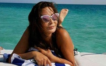 بالصور:إليسا تقضي إجازتها في الجونة.. الصيف الذي يبتسم