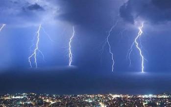 عاصفة من الدرجة الثانية ستضرب لبنان.. برَد عشوائي وثلوج ورياح وفيضانات!