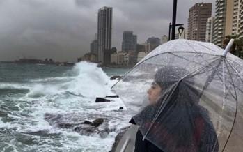 لبنان في قلب العاصفة: استعدوا لأمطار طوفانية.. الرياح قد تصل إلى 100 كلم والثلوج على 800م!