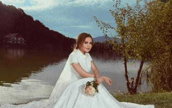 قصة حب تكللت بالزواج: فنانة لبنانية تدخل القفص الذهبي