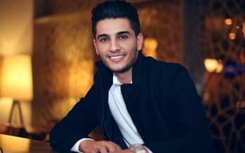الصدمة على وجه محمد عساف... شاهدوا لقاءه الأول مع مجسّم الشمع الخاص به