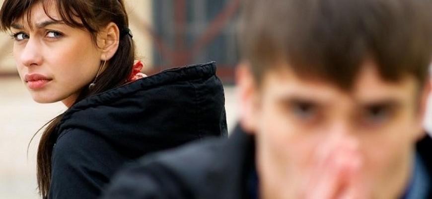 8 أسباب تجعل المرأة تترك الرجل الذي تحب