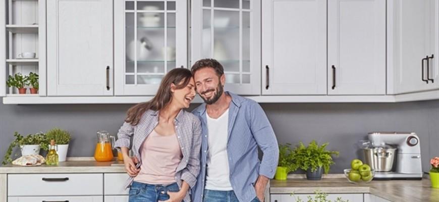 3 محاور أساسية ترتكز عليها علاقتك.. لا تنسيها بعد الزواج
