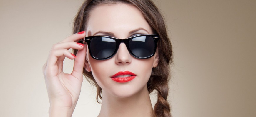 موديلات نظارات شمسية موضة خريف 2021